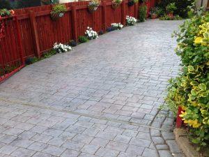 Granite Sett Style, Grey/Plum Combination